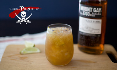 grog rum cocktail