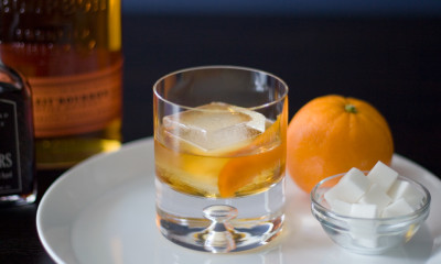 old fashioned cocktail bourbon