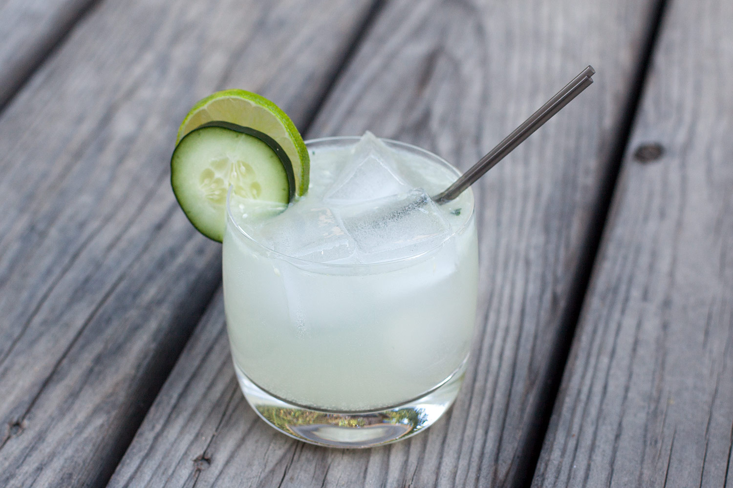 Cucumber Gin Spritzer: A Refreshing Gin and Cucumber Cocktail | The ...