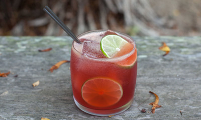 scarlet tea cocktail
