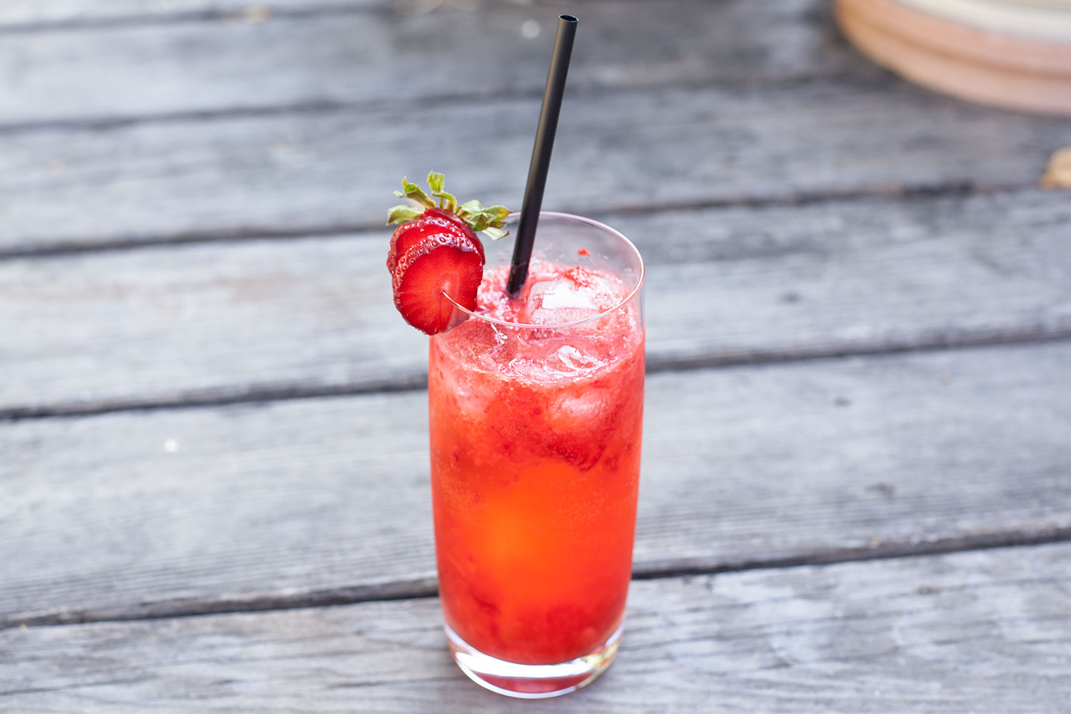 strawberry lime tom collins