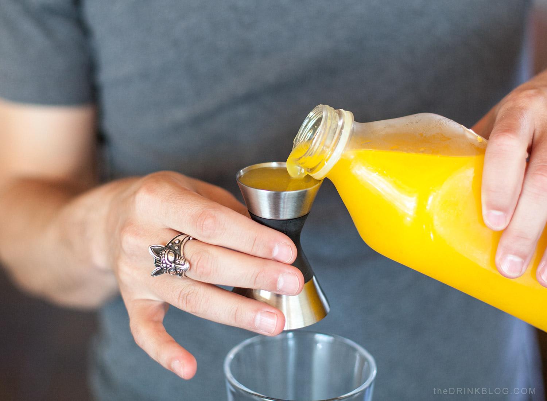 pour orange juice